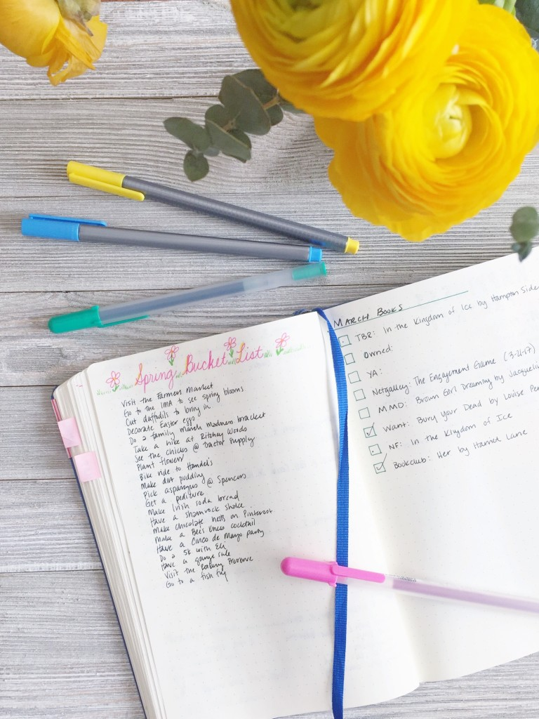 Inspirations and ideas for making a life list of 100 dreams. Your ultimate resource to turn dreams into action!